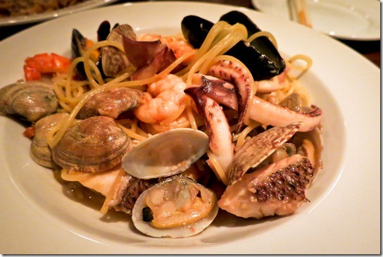 trattoria-kyoto-seafood-pasta