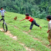 Sapa kids playing