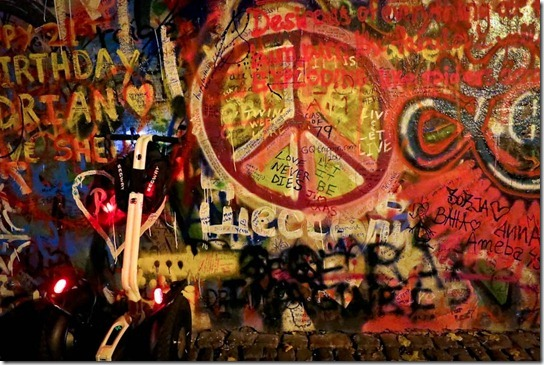 lennon-wall-segway