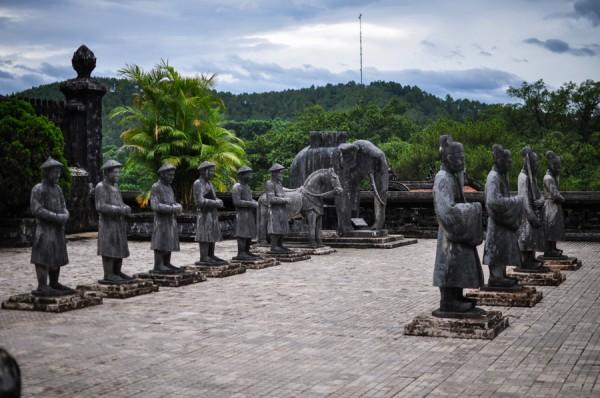 Khai-Dinh-Soldiers2