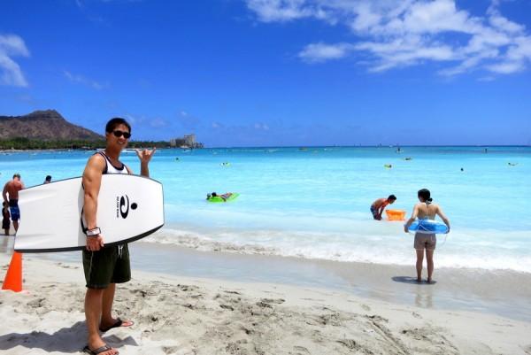 boogie boarding waikiki